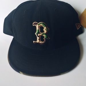 New Era Accessories - Pair of Camo & Diamond Boston Bs Fitted Hats7 3/4